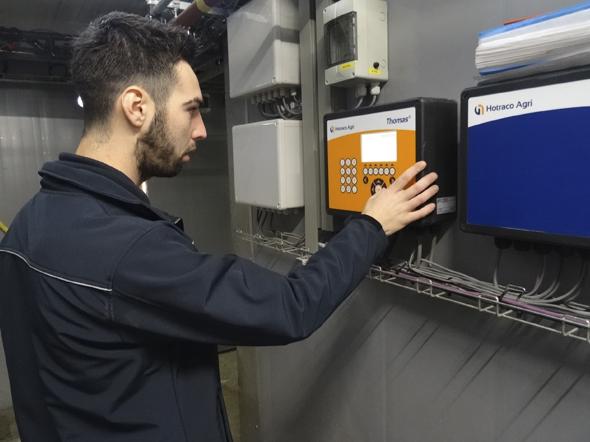 Thomas® SmartFlow regelt een optimaal klimaat voor vleesvarkens