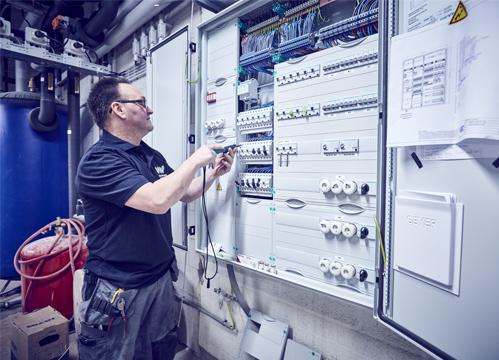 Leerling monteur elektrotechniek